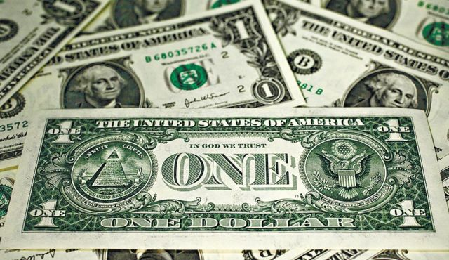 A Dollar Dilemma: More Bad News Than Good for the Greenback?