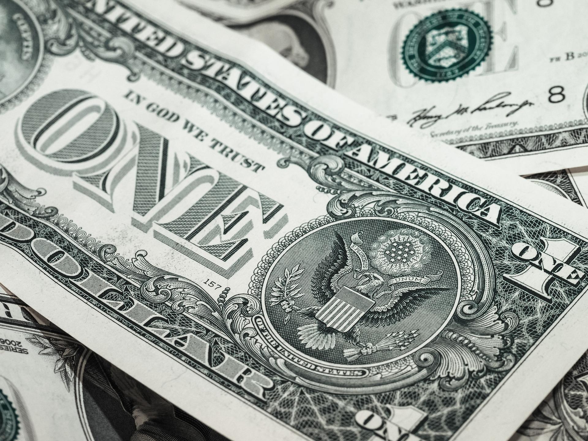 Bearish USD ETF Capitalizes on Dovish Fed Stance