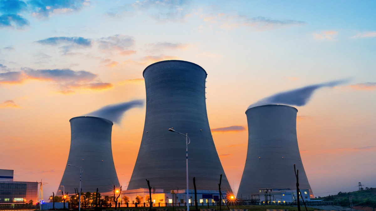 Uranium ETF Fights off Commodity's Slump