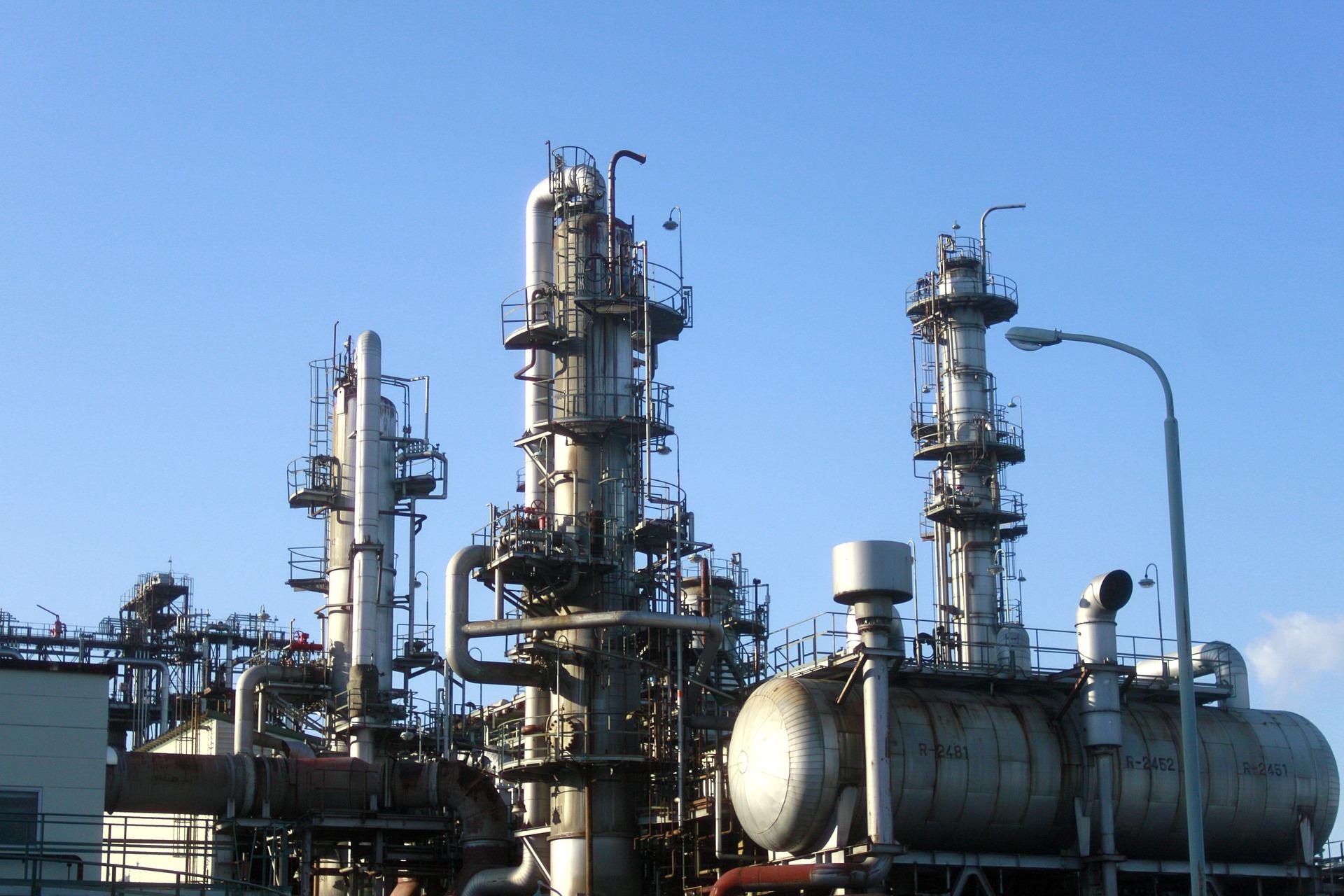 Falling U.S. Inventories Fuels Surge in Oil ETFs