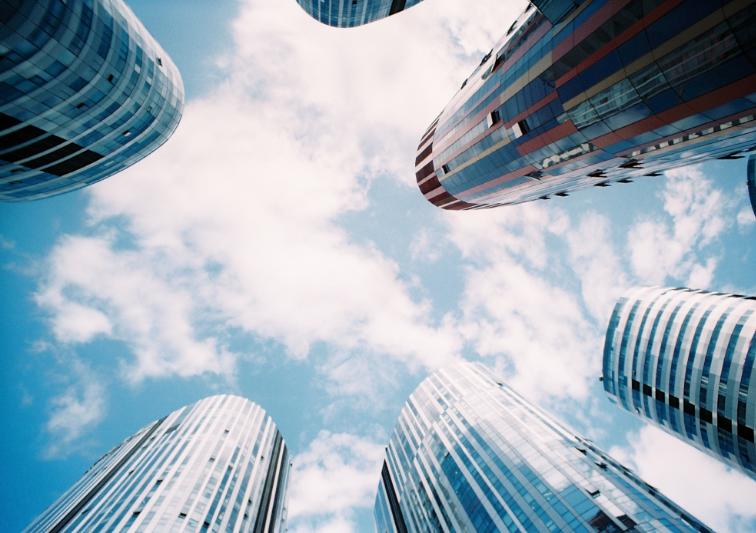 Real Estate ETFs: A Smart Way to Diversify Portfolios