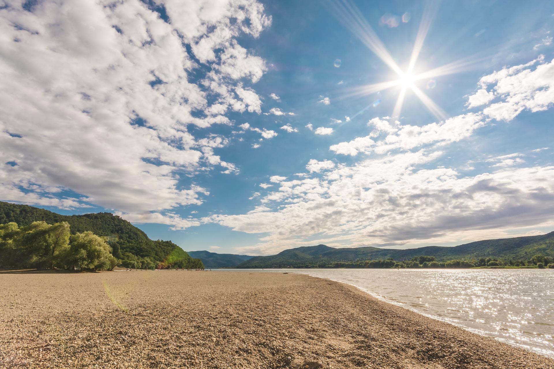 Lingering Summer Heat Helps Natural Gas ETF Maintain Momentum