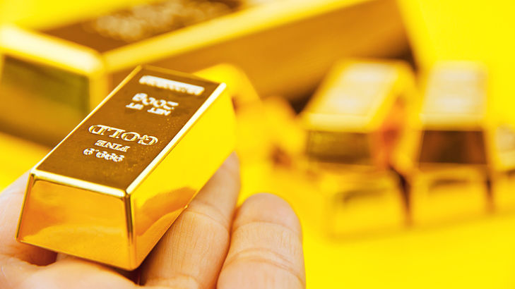 Gold ETFs Try to Firm After Curious April