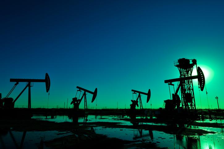 Energy Rout Causes U.S. Market ETFs to Slip