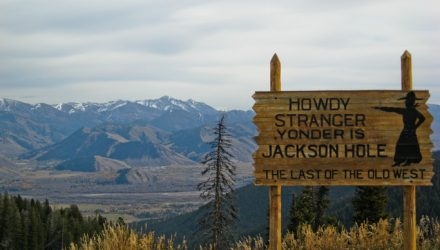 U.S. Stock ETFs Remain Listless Ahead of Jackson Hole Summit
