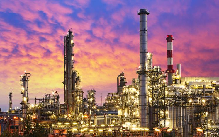 U.S. Stock ETFs Slip as Energy Slides