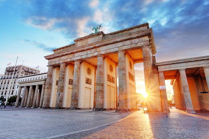 Deutsche Asset Management Debuts Low-Cost International Equity Suite