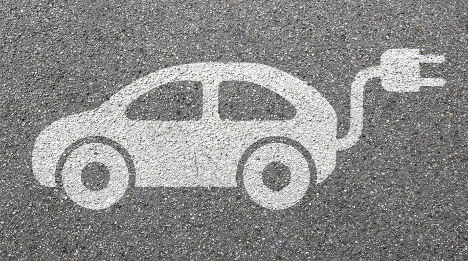Electric Vehicle Bulls Help Lithium ETF Power On