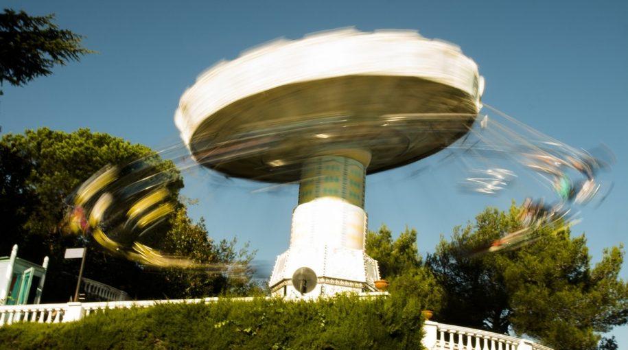 A Top ETF to Balance Volatile Portfolio Swings