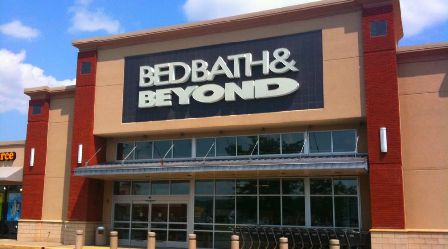 Bed Bath & Beyond Inc Q4 adjusted earnings Beat Estimates