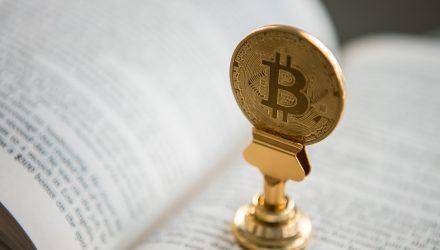 Bitcoin Gurus, Bitcoin vs. Altcoins, & Crypto Prices in 1 Minute