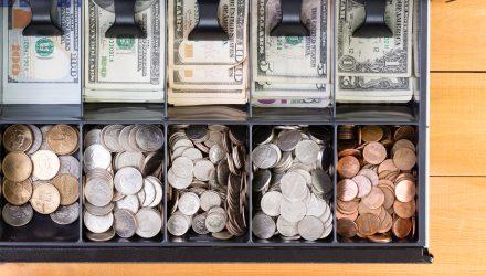 Ahead of Fed, Traders Flock to Treasury ETFs