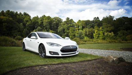 Tesla Bonds an Option for Elon Musk to Raise Capital
