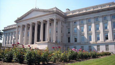 Treasury Yields Fall on Meek Inflation Data