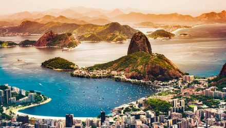 Brazil ETFs Test Short-Term Resistance Despite Political Risks